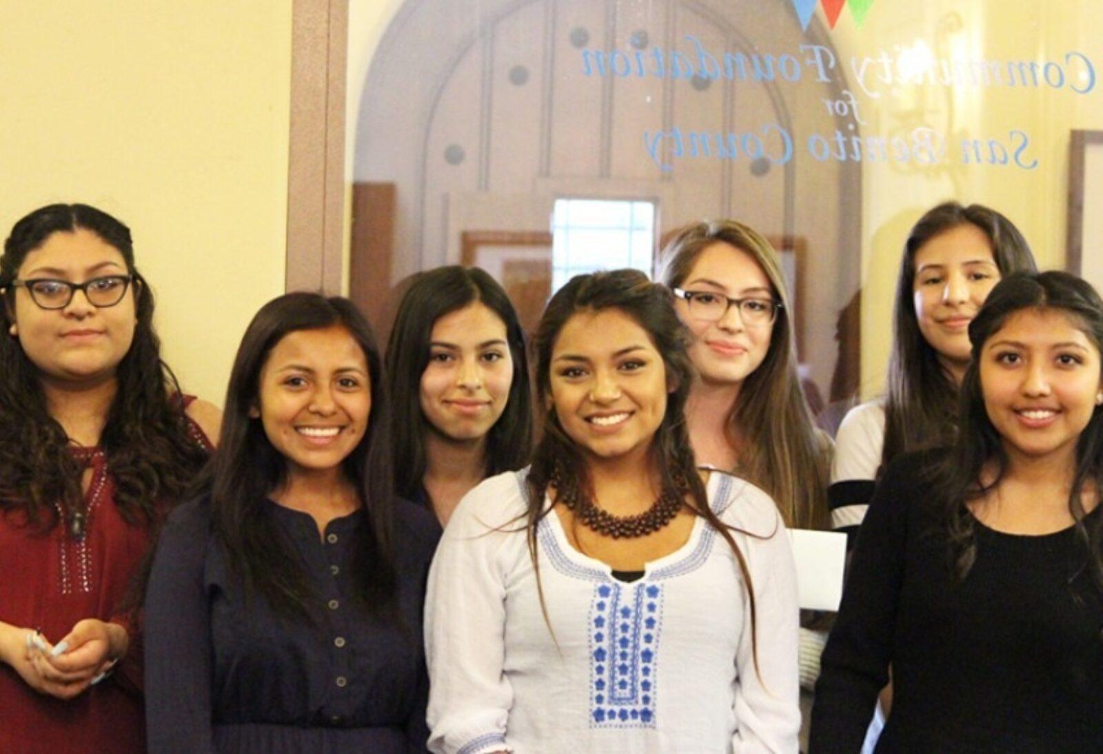 Eight High School Latinas Awarded Scholarships